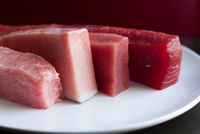 Quick guide 5 easy steps to making your first tuna for Where can i buy sushi grade fish