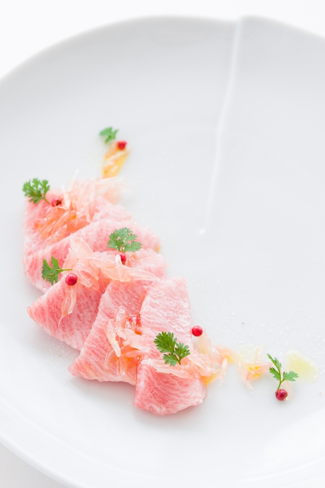 otoro crudo with grapefruit caviar, pink peppercorns, Himalayan pink salt and chervil. #sashimi #crudo #pink #foodie #recipe #recipes #seafood #otoro #otoro #tuna #raw #grapefruit
