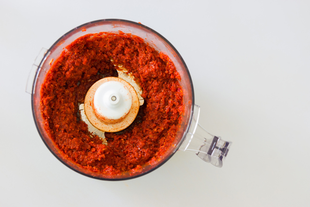 make a smooth curry paste in the food processor