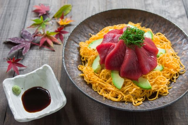 Bluefin Tuna and Avocado Chirashi Sushi
